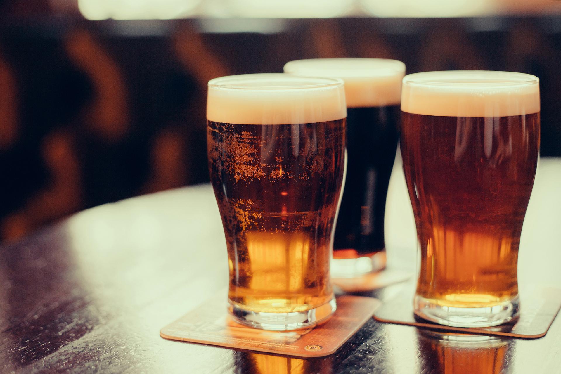 lekker bier drinken
